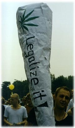 Riesenjoint -Legalize it- auf der Hanfparade 1997