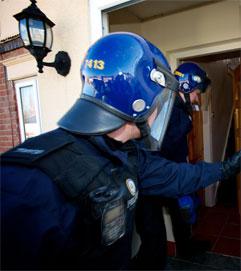 Hausdurchsuchung der West Midlands Police